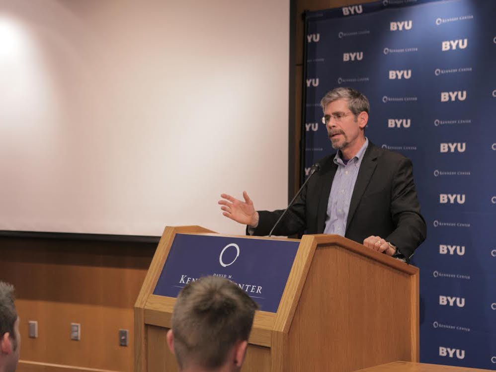 Schmitt discusses terrorist threats at the Kennedy Center on the BYU campus. (Courtesy of BYU Kennedy Center)