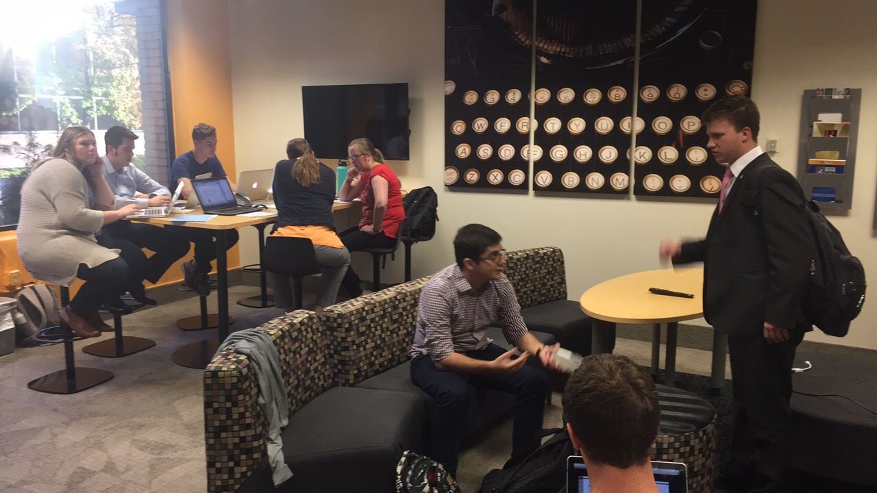 Students gather at the Bradley Lab for group or individual projects. (Source: Madison Jergensen)